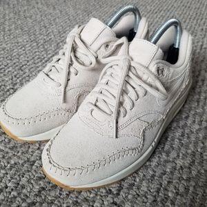 Nike AIR MAX SHERPA BIRCH Running Sneaker Trainer